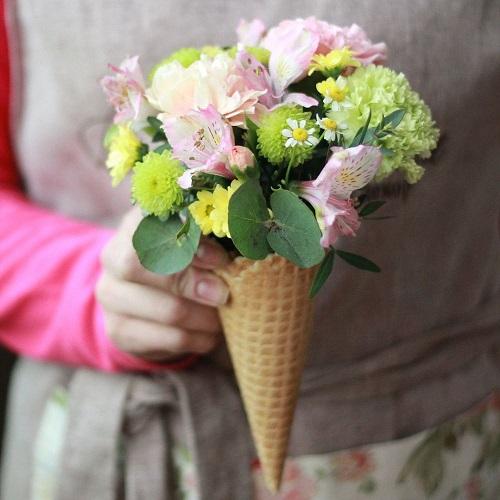 Цветы в вафельном рожке в Ростове